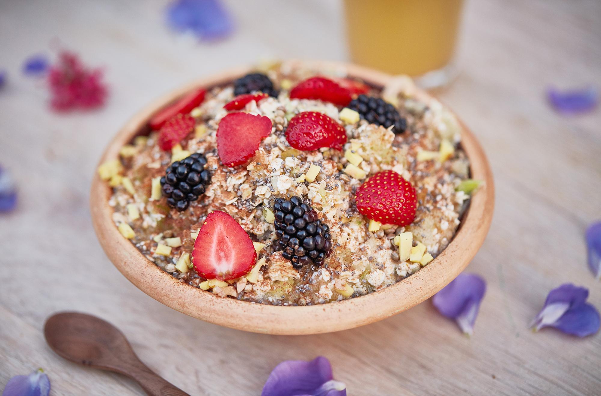 fiberrig-morgenmad-med-aeble-og-kanel
